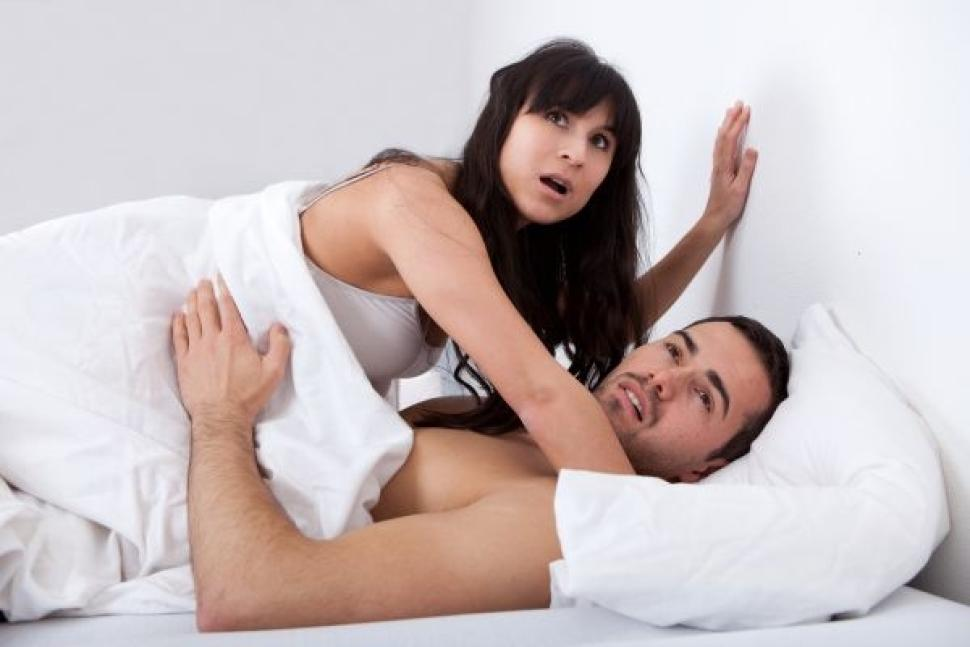 shutterstock-couple-bed